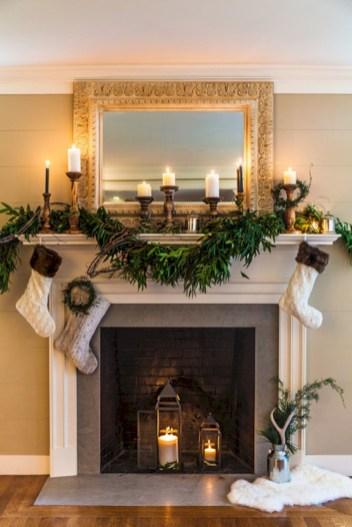 Cool christmas fireplace mantel decoration ideas 18