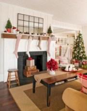 Cool christmas fireplace mantel decoration ideas 21
