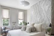 Cozy bedrooms design ideas with brilliant accent walls 23