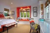 Cozy bedrooms design ideas with brilliant accent walls 26
