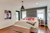 Cozy bedrooms design ideas with brilliant accent walls 28