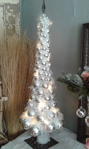 Creative christmas tree toppers ideas you should try 35