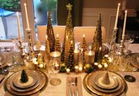 Fabulous christmas decoration ideas using candles 20