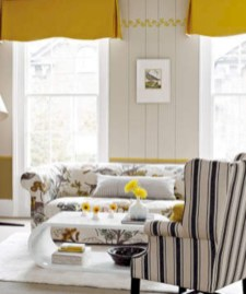 Gorgeous yellow accent living rooms inspiration ideas 29