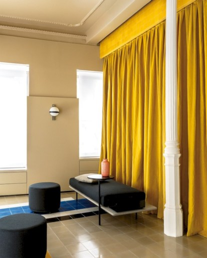 Gorgeous yellow accent living rooms inspiration ideas 41
