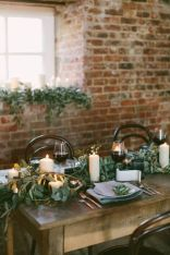 Simple rustic christmas table settings ideas 15