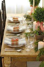Simple rustic christmas table settings ideas 17