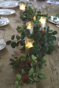 Simple rustic christmas table settings ideas 29