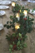Simple rustic christmas table settings ideas 29