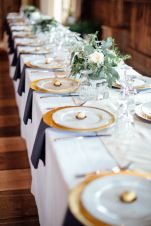 Simple rustic christmas table settings ideas 40