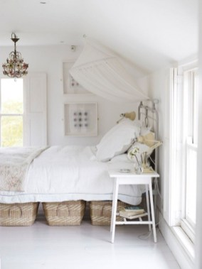 Space saving beds design for your small bedrooms 17