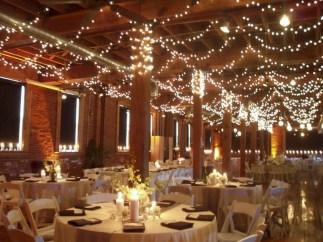 Stunning indoor rustic christmas decoration ideas 23