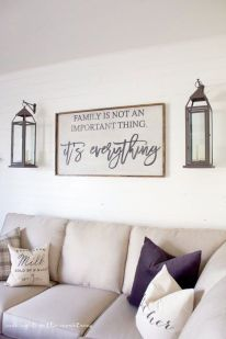 Attractive farmhouse wall decor inspirations ideas (42)