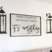 Attractive farmhouse wall decor inspirations ideas (7)