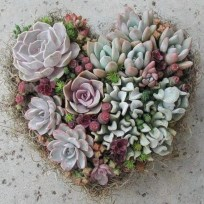 Awesome valentine wreaths ideas for your front door 15