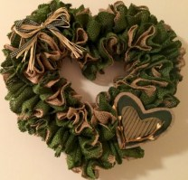 Awesome valentine wreaths ideas for your front door 23
