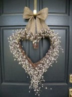 Awesome valentine wreaths ideas for your front door 31