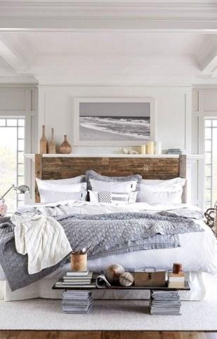 Beautiful farmhouse master bedroom decorating ideas 08