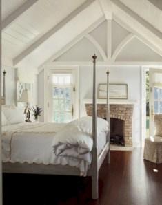 Beautiful farmhouse master bedroom decorating ideas 21