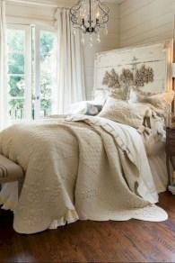 Beautiful farmhouse master bedroom decorating ideas 26