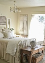 Beautiful farmhouse master bedroom decorating ideas 30