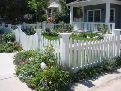 Beautiful small garden design ideas on a budget (20)
