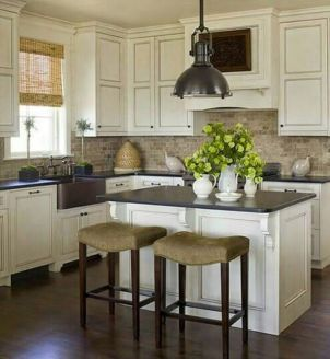 Best small kitchen remodel design ideas 48