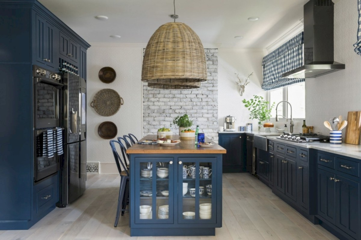 Best tips to makes farmhouse decoration style easily (10)