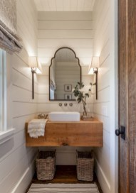 Captivating small farmhouse bathrooms decoration ideas (13)