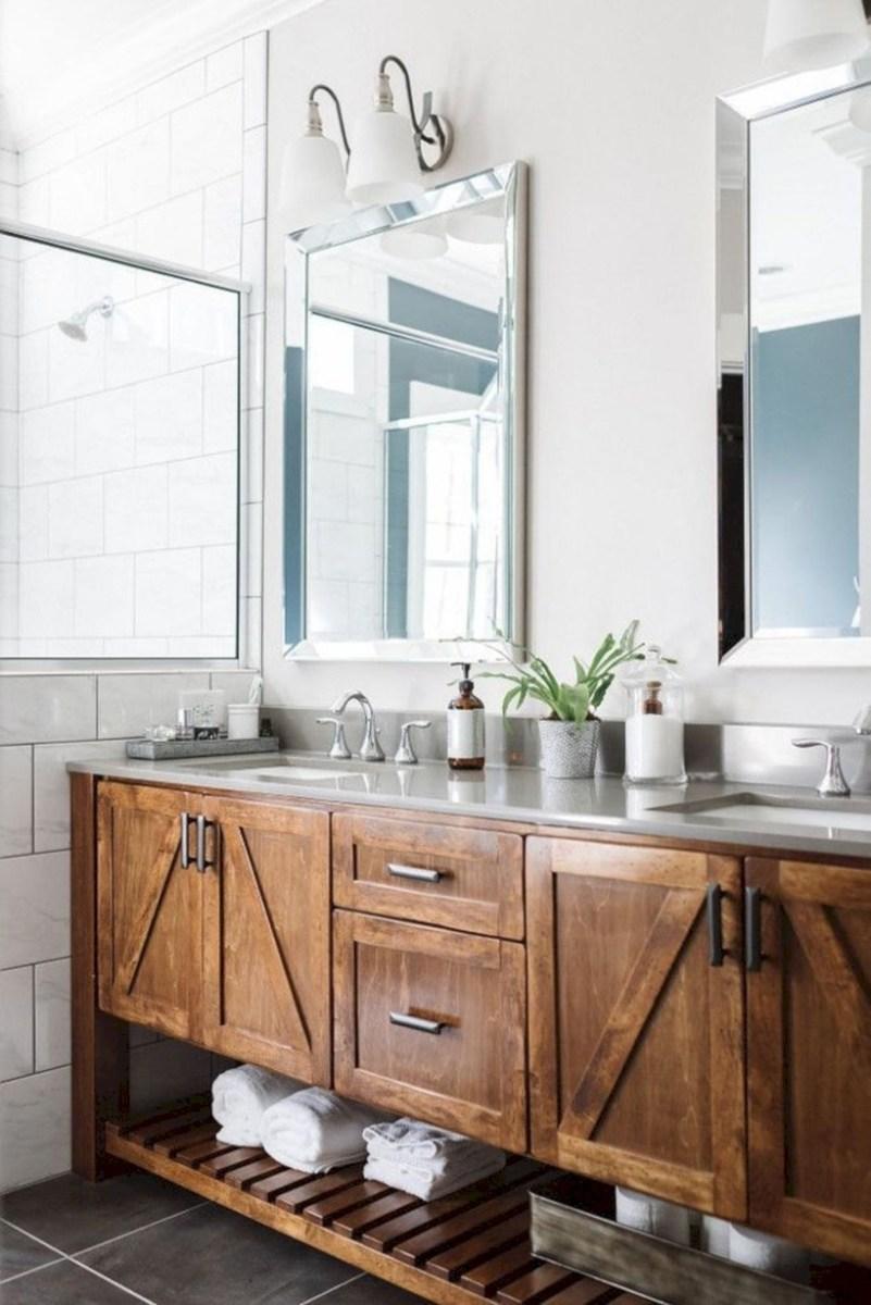 Captivating small farmhouse bathrooms decoration ideas (17)