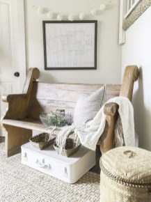 Catchy farmhouse rustic entryway decor ideas 18