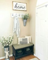 Catchy farmhouse rustic entryway decor ideas 38