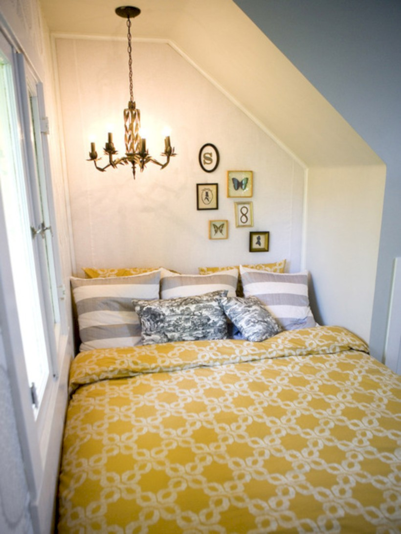 Comfy grey yellow bedrooms decorating ideas (14)