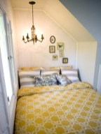 Comfy grey yellow bedrooms decorating ideas (14)