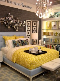 Comfy grey yellow bedrooms decorating ideas (20)