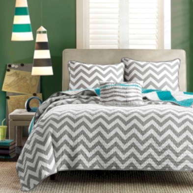 Comfy grey yellow bedrooms decorating ideas (38)