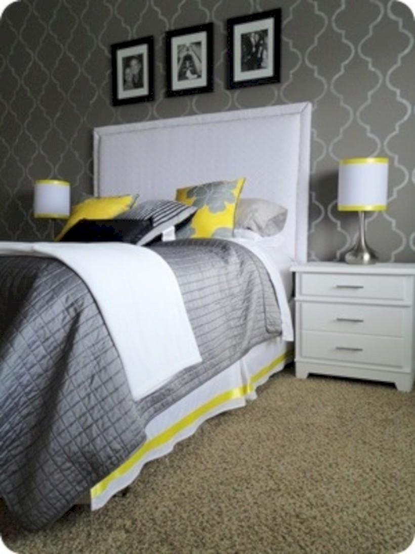 Comfy grey yellow bedrooms decorating ideas (40)
