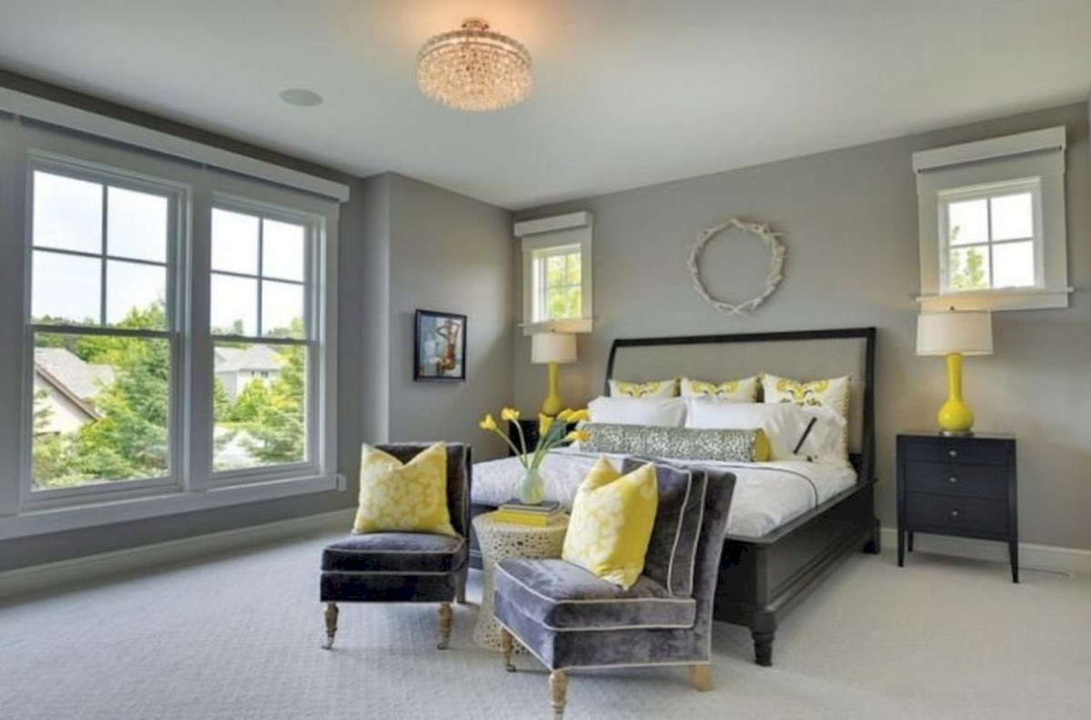 Comfy grey yellow bedrooms decorating ideas (41)
