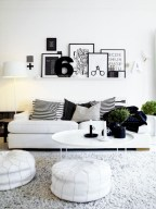 Cozy apartment living room black and white style inspirations ideas 32
