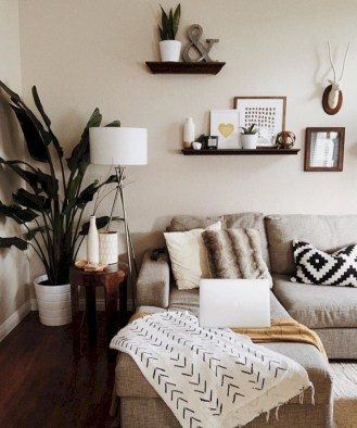 Cozy apartment living room black and white style inspirations ideas 43