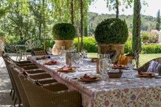 Fancy french country dining room table decor ideas 12