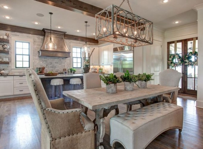 Fancy french country dining room table decor ideas 22
