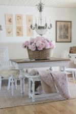 Fancy french country dining room table decor ideas 37