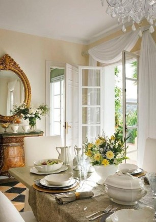 Fancy french country dining room table decor ideas 39