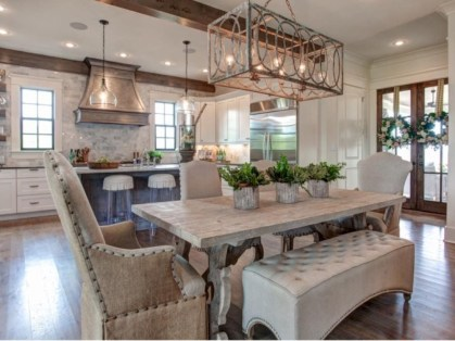 Fascinating kitchen islands ideas with seating and dining areas (22)