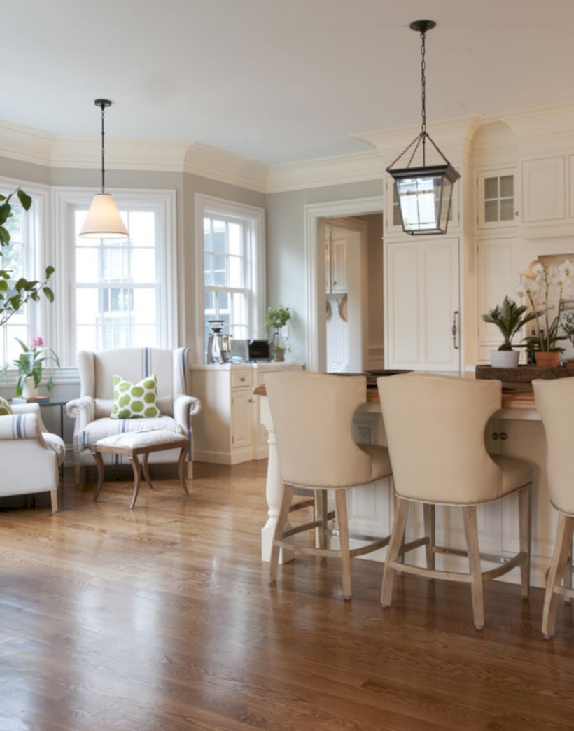 Fascinating kitchen islands ideas with seating and dining areas (37)