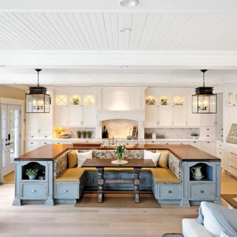 Fascinating kitchen islands ideas with seating and dining areas (43)