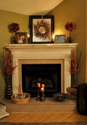 Gorgeous apartment fireplace decor ideas (4)