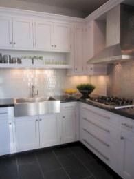 Gorgeous kitchen floor tiles design ideas (11)
