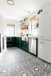 Gorgeous kitchen floor tiles design ideas (29)